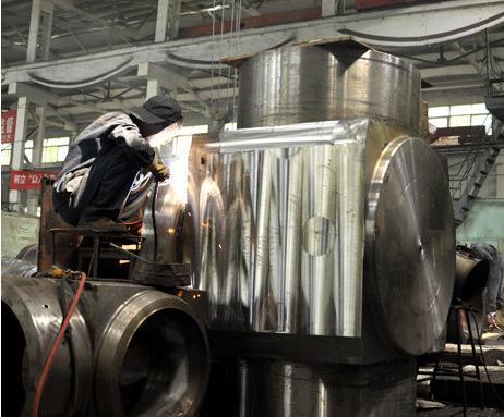 重约20吨内径1米 自贡华夏阀门研制超大超重堵阀