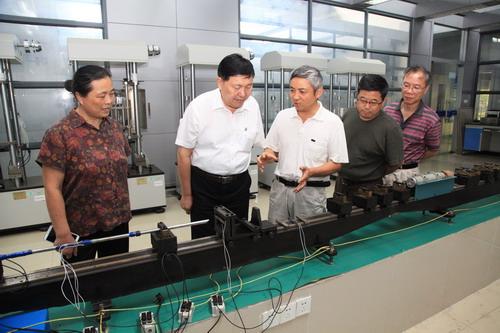中国机械工业联合会执行副会长杨学桐来通用机械研究院调研