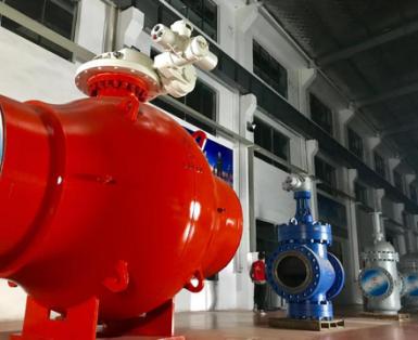 江苏苏盐六合资料自主研发的56寸900磅全焊接管线球阀即将量产