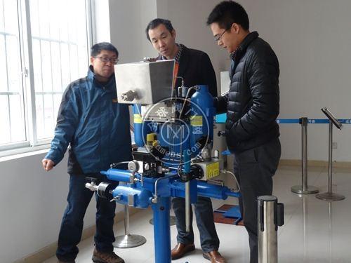 mksvc带手动泵气液联动执行器