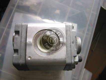 美國PARKER派克雙聯齒輪泵PGP503A0016CP2D1VJ4J4B1B1