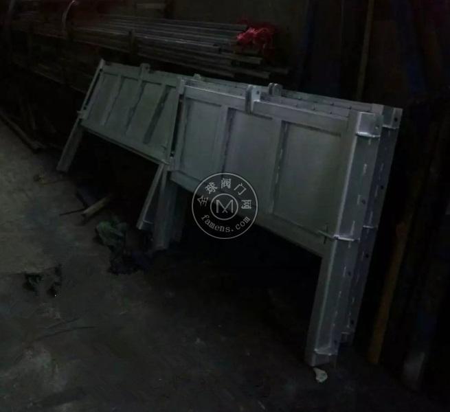 TYG零泄露不锈钢调节堰门200*200-2500*2500