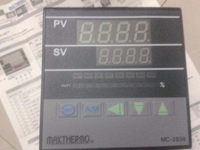 極大溫控器MC-4902-21
