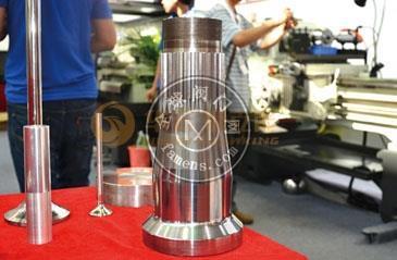 豪克能金屬鏡面加工設備 鏡面磨床 提高表面光潔度