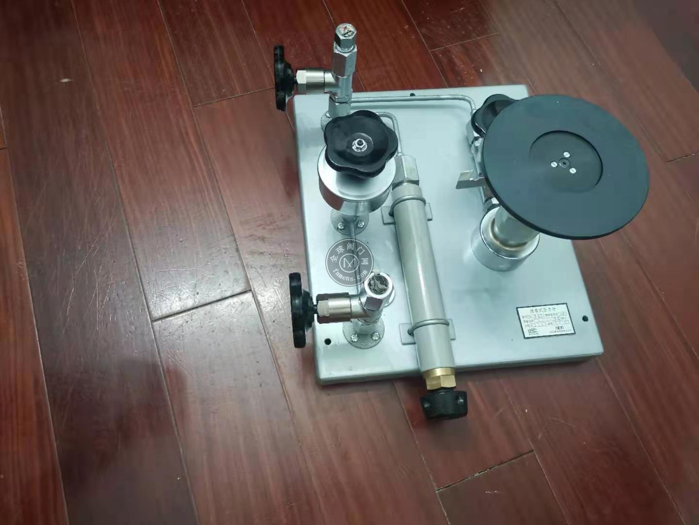 西儀測控活塞壓力計