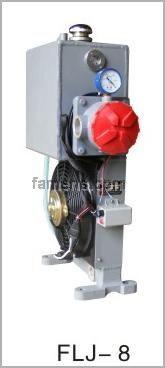 12方混凝土搅拌运输车液压油散热器