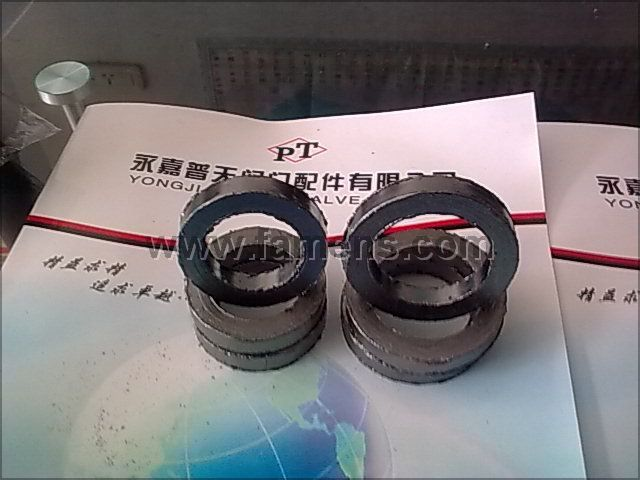 增强石墨填料环